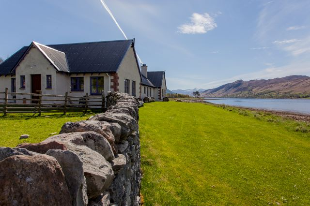 Lochside Cottages by Loch Broom near Ullapool - holiday rentals